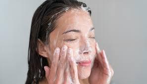 پاک کننده عمقی پوست